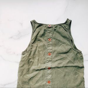 UNIVERSAL THREAD • button down back tank